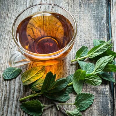 5 Fragrant Herbs to Grow for Tea