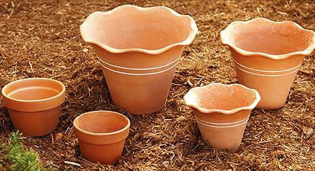Set  pots - Make Terra Cotta Pot Fountain