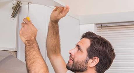 Attach the shelves - Installing Adjustable Brackets