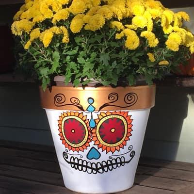 Make DIY Sugar Skull Flowerpots for Halloween
