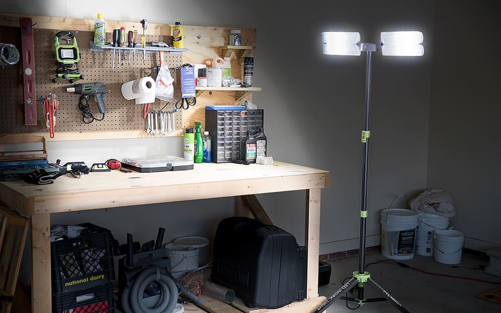 Portable garage lights
