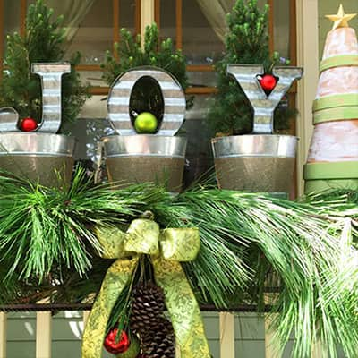 Get the Ultimate Christmas Decor for Your Porch