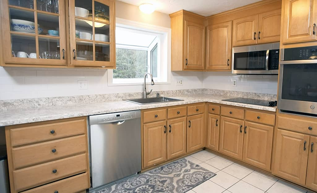 A kitchen with a finished laminate countertop.