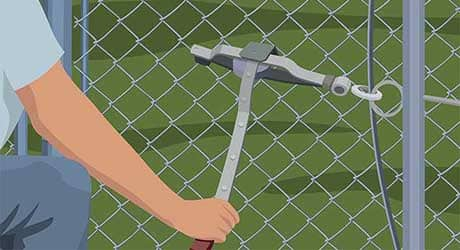 Attach a fence puller - Repairing  Maintaining Fences and Gates