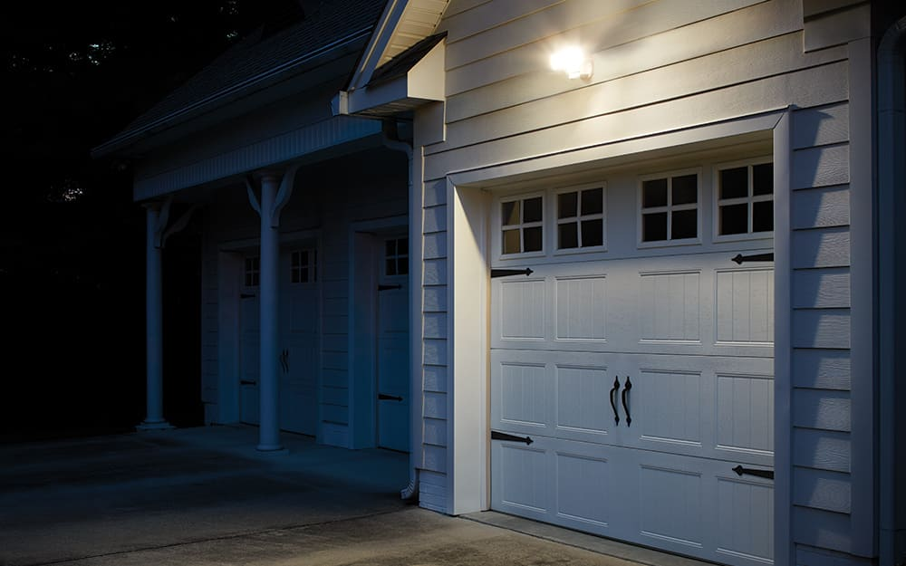 Best Outdoor Lighting for Your Yard - The Home DepotThe Home Depot