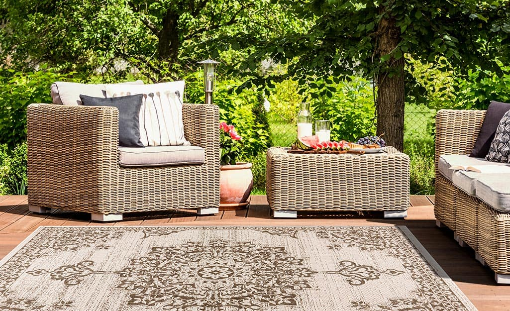 Types Of Outdoor Rugs The Home Depot, What Is The Best Material For Outdoor Rug
