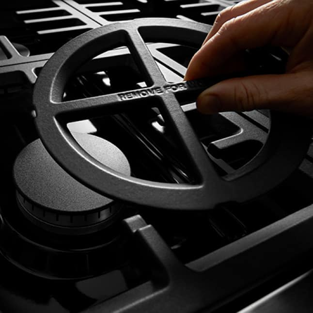 Convertible Grates with removable inserts enable 3 heat levels.