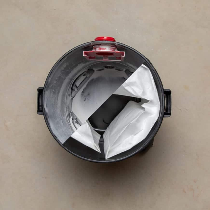 Dust bags prevent dust and debris from entering the drum, so that the inside of your vacuum remains spotless.