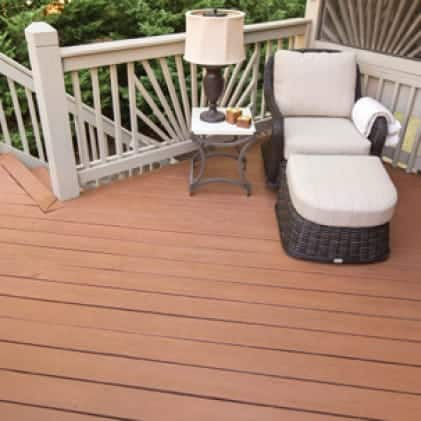 Wood railing coated with Solid Color Wood Stain - White color (Pinto White SC-337); Exterior wood deck (Redwood Naturaltone SC-122).
