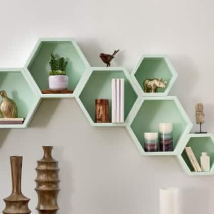 Shown in Gloss Modern Mint