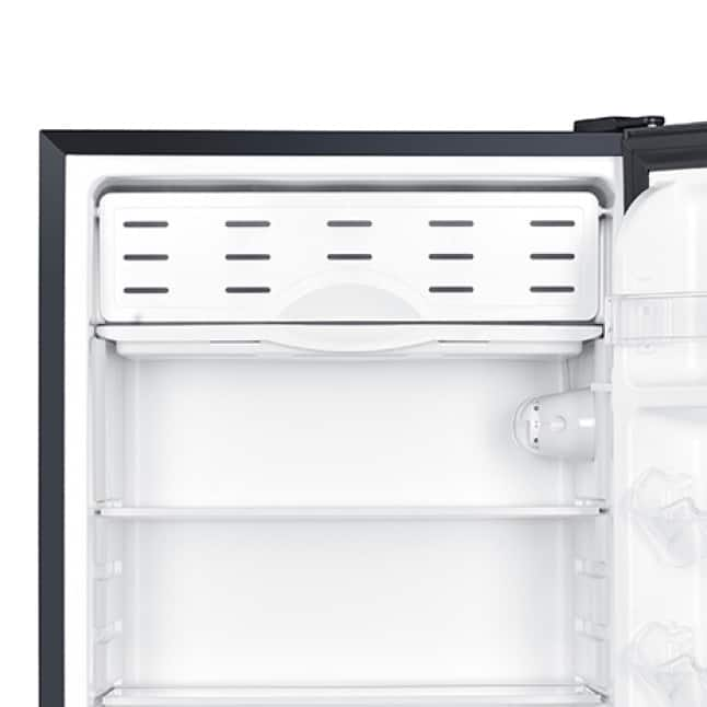 Freezer compartment stores smaller items
