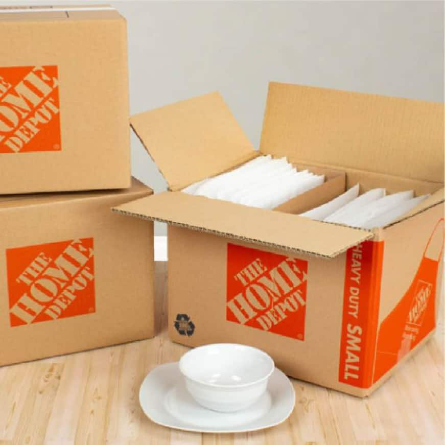 Dish packing kit assembled in small heavy duty moving box