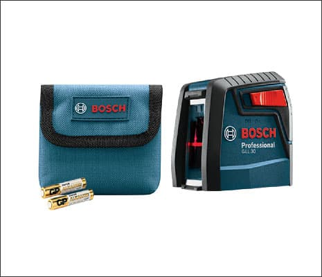 Bosch GLL 30 S with MM 2 flexible mounting device, belt pouch, and two AA batteries.