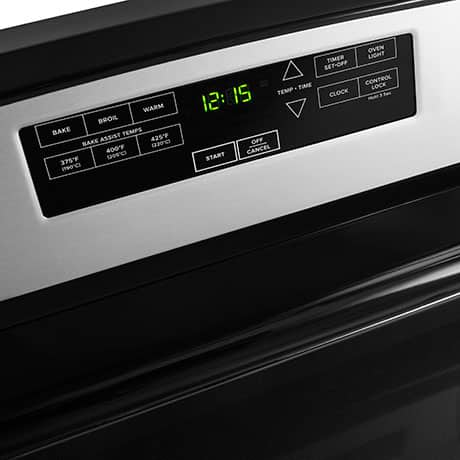The control panel offers settings for bake, broil and warm, in addition to temperature and timer settings.