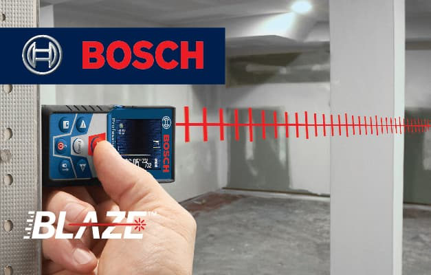 Bosch GLM 42 projecting straight line for room measurement.