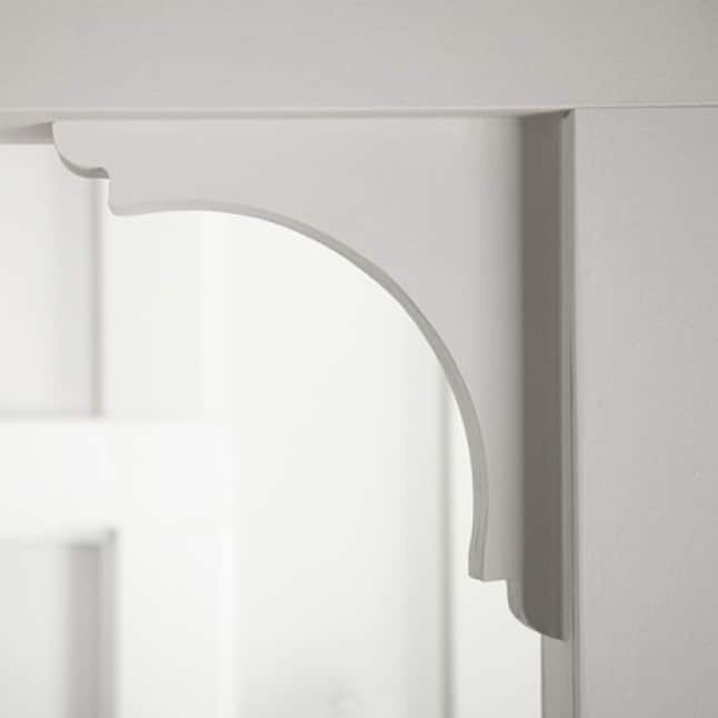 Interior arch painted white