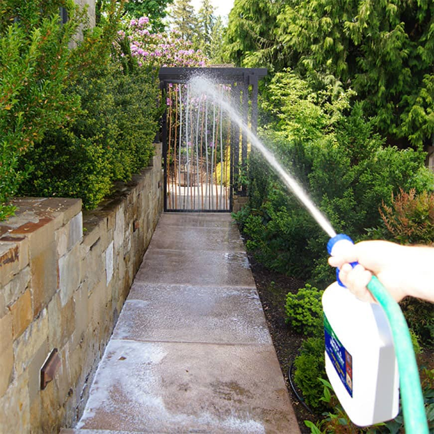 30 SECONDS Spray & Walk Away Ready-To-Spray keeps your outdoor surgaces clean longer