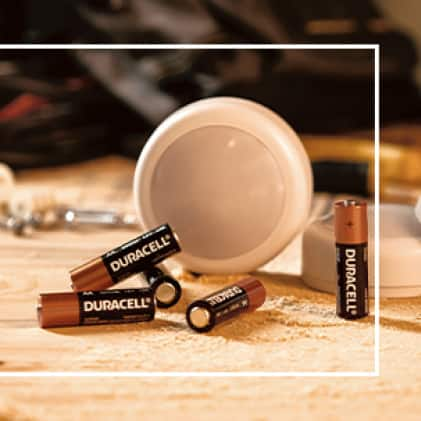 Shot of battery powered puck light with Coppertop batteries