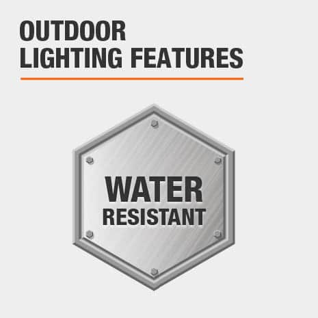 This light is water-resistant.