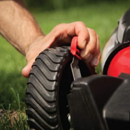 Troy-Bilt gas walk behind mower, push mower, lawn mower, cutting height adjustment