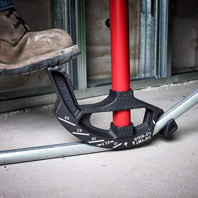 EMT Iron conduit bender with reinforced hook and pedal