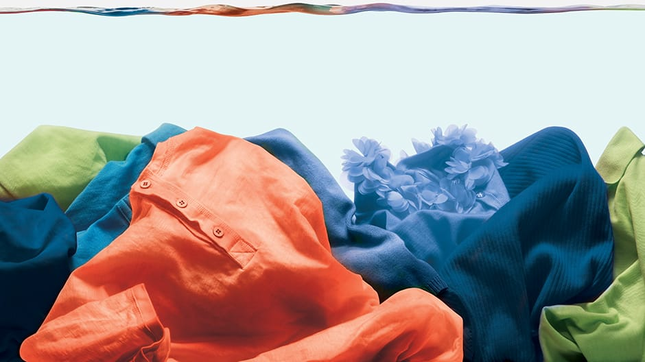 Deep Fill clothes in water