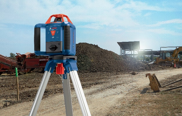 Bosch GRL 800-20 HVK being used on jobsite for long distance leveling.