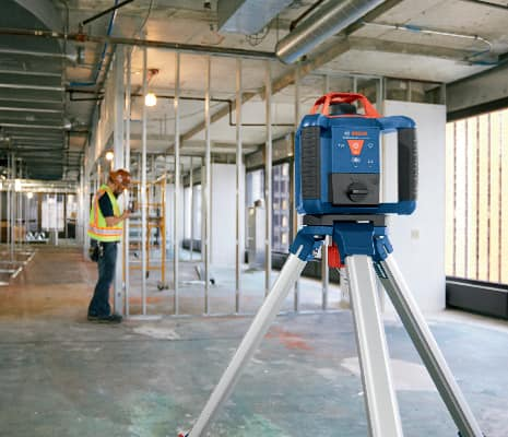 Bosch GRL 800-20 HVK being used with remote by 1 person to level out indoor space.