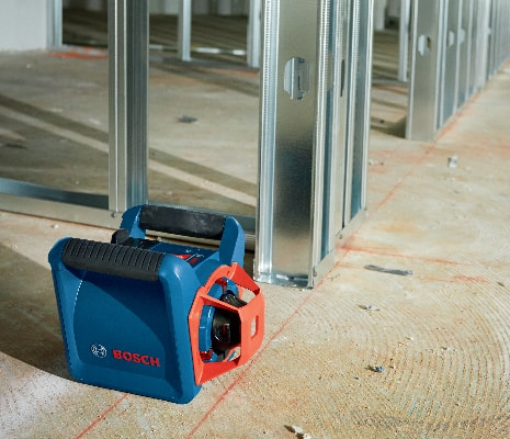 Bosch GRL 800-20 HVG on floor to indicate robustness and durability.