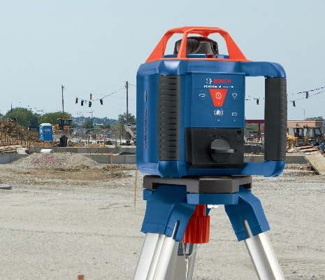 Bosch GRL 800-20 HVK being used on tripod for outdoor jobsite.