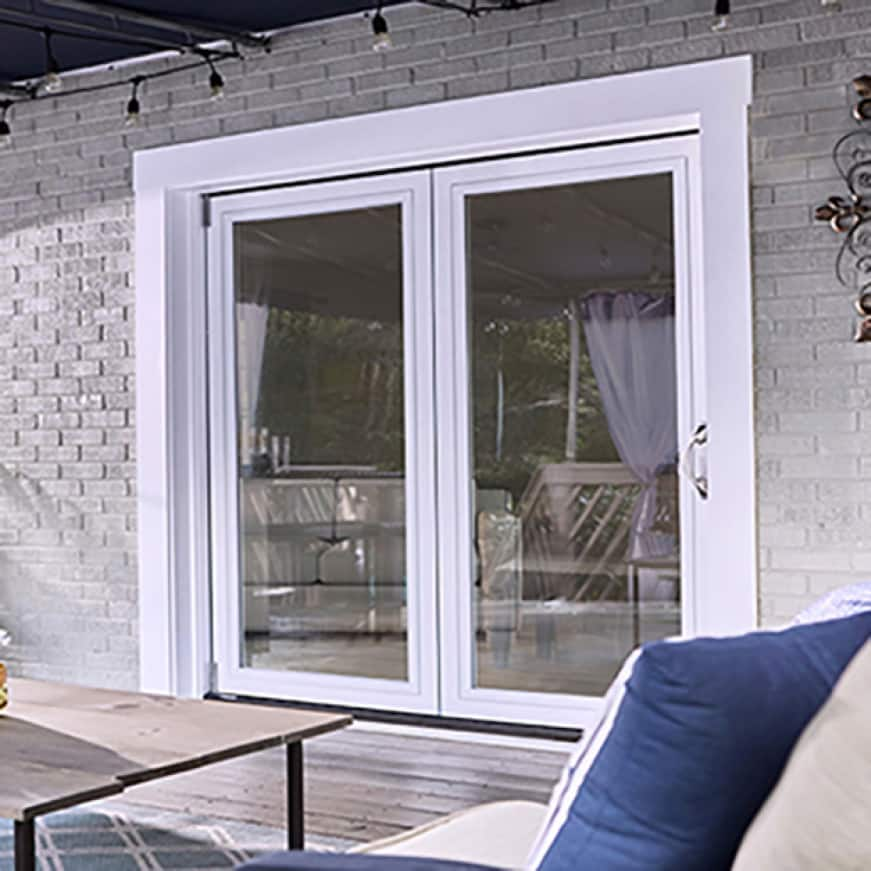 Closed patio door from exterior of home