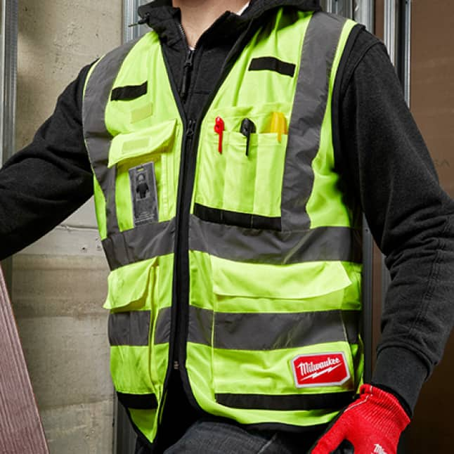 Safety vest with 15 Pockets to carry more
