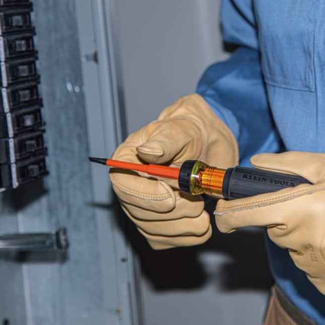 Klein Tools 32287 Insulated Flip-Blade Screwdriver
