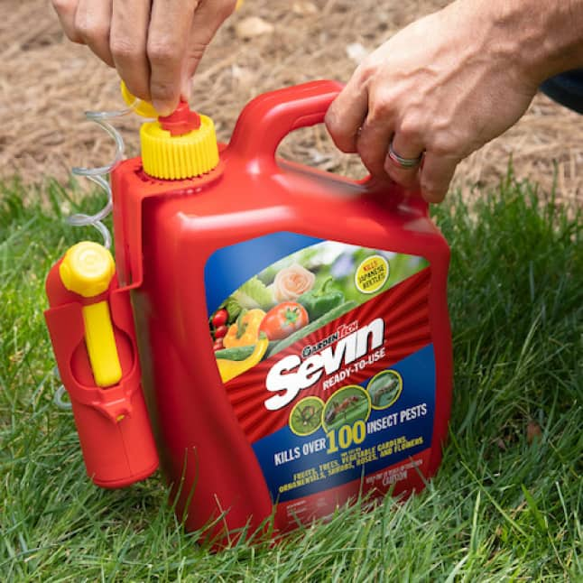 Sevin Ready-To-Use Insect Killer Power Sprayer attach sprayer to bottle