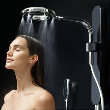 With highly-pressurized, faster-traveling water droplets, you can experience a uniquely powerful and warm rinse from your Nebia by Moen spa shower