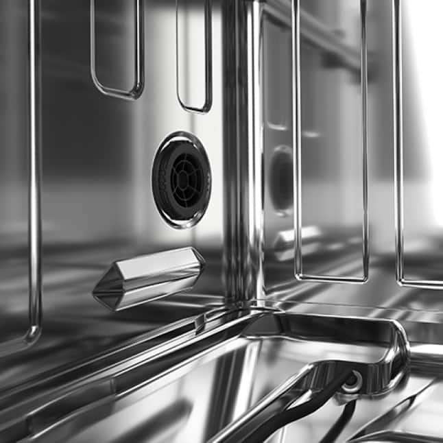 Stainless Steel Interior improves drying and resists odors