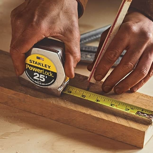 33-425 POWERLOCK Tape Measure