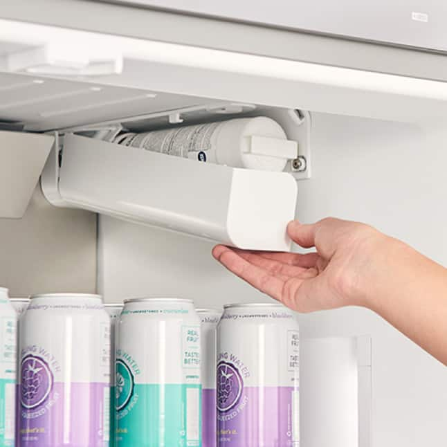 Changing UltraClarity Pro Water Filter out of Bosch Refrigerator