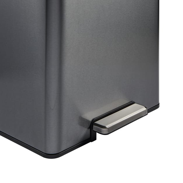 Waste container foot pedal