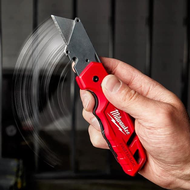 Folding Utility Knife with Blade Storage