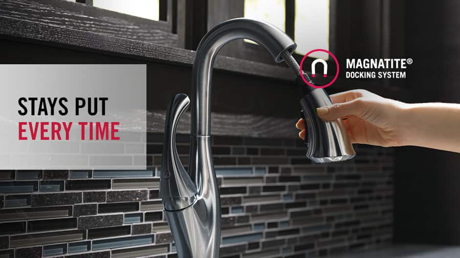 Delta MagnaTite Docking snaps spray wand precisely into place for easy, smooth docking every time.
