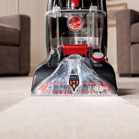 Power Scrub Elite Pet Plus showing the HeatForce feature in action, drying carpets faster.