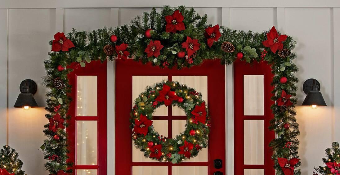 Decorated Wreaths & Garland