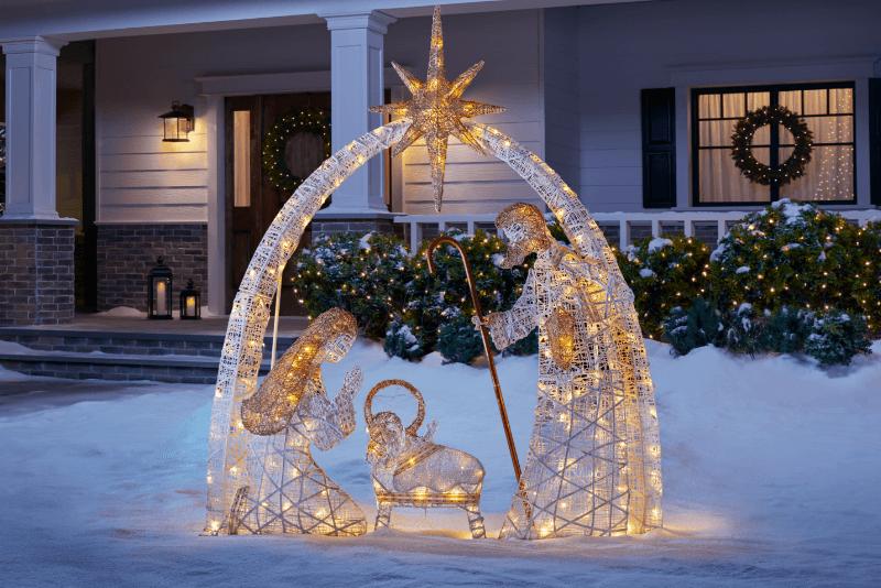 Christmas Yard Decor